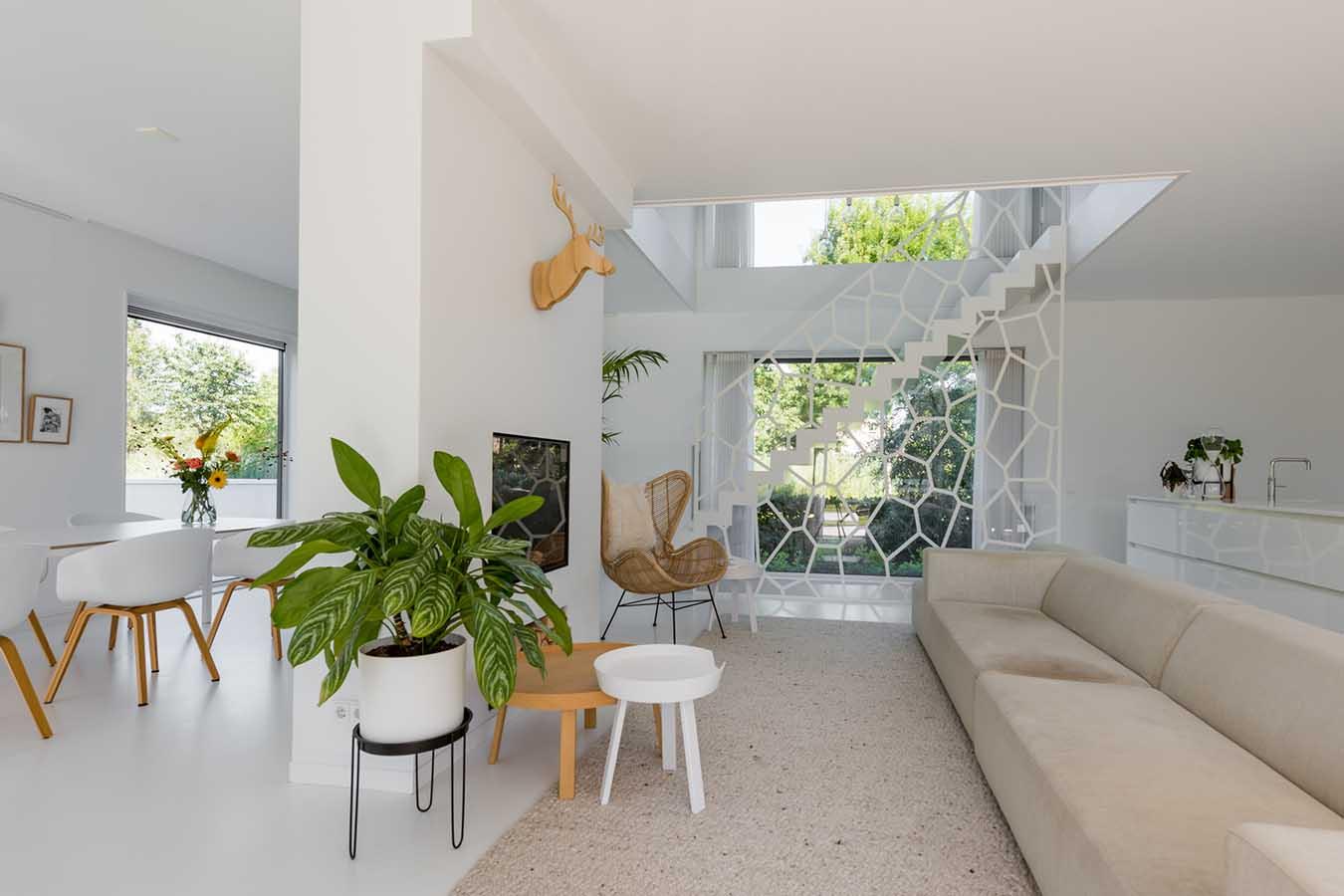 design trap in een woonkamer