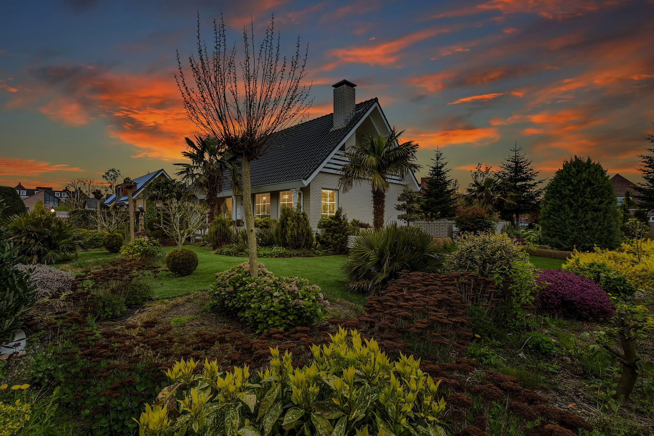 avondrood foto van een huis
