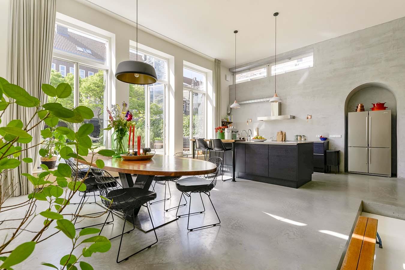 gerenoveerde woning in het hart van amsterdam