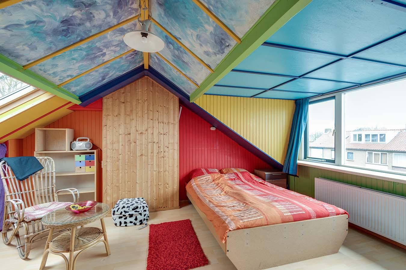slaapkamer op de zolder